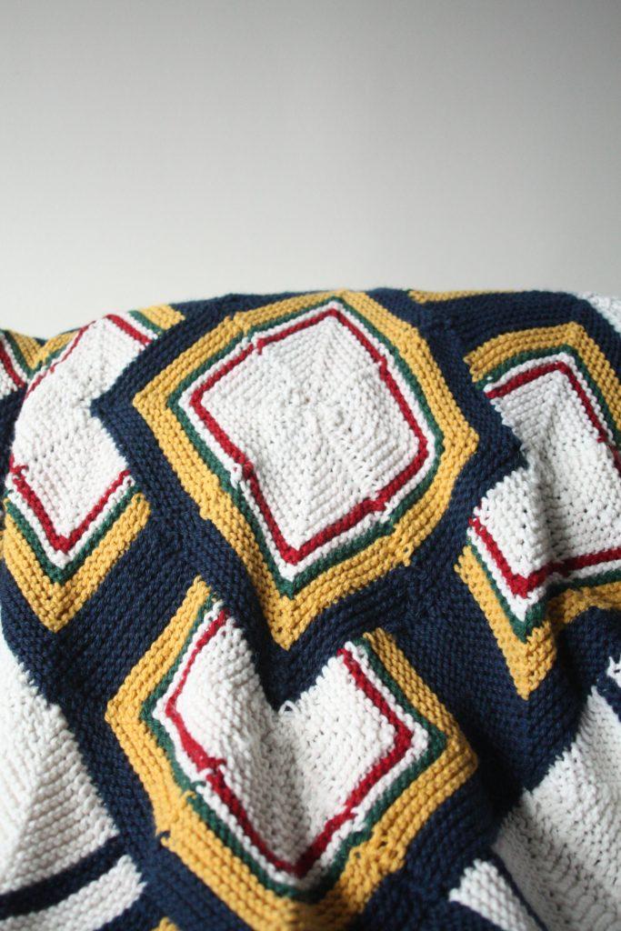 FO: Hybrid Hudson Bay Blanket – Threadpanda